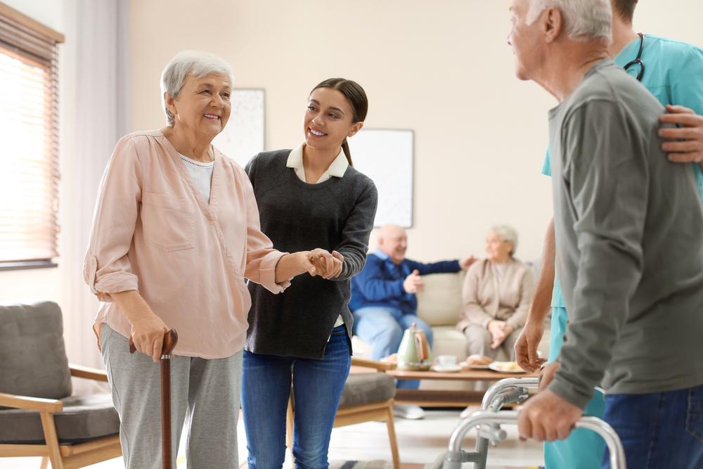 Entrée en maison de retraite : comment convaincre votre parent?